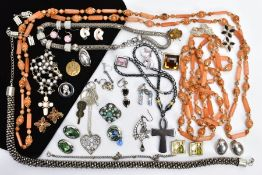 A BAG OF ASSORTED COSTUME JEWELLERY, to include beaded necklaces, non-pierced earrings, white