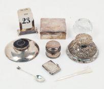 A small group of silver comprising: a small silver cigarette box, Birmingham, c.1922, F.H. Adams &