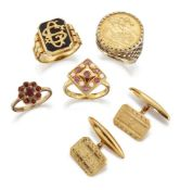 Four rings and a pair cufflinks, rings comprise: a half-sovereign, 1982, ring in 9ct gold mount,