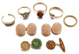 A small group of jewellery and cufflinks, comprising: a late 19th century gold mourning ring, the