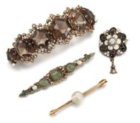 A small group of jewellery, comprising: a pearl single stone brooch; a late 19th century Austro-