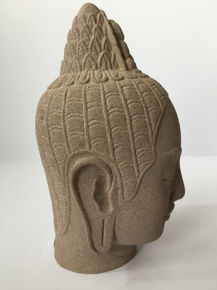 A Thai bronze head of Buddha, 17th/18th century, cast with flame finial above the ushnisha and - Image 10 of 10