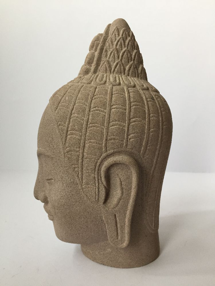 A Thai bronze head of Buddha, 17th/18th century, cast with flame finial above the ushnisha and - Image 8 of 10