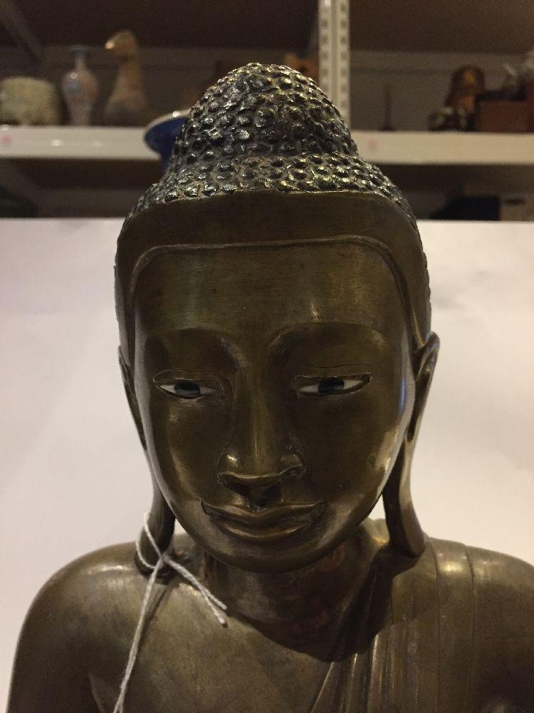 A Burmese bronze figure of Buddha, Mandalay period, 19th century, finely cast seated in vajrasana, - Image 21 of 28