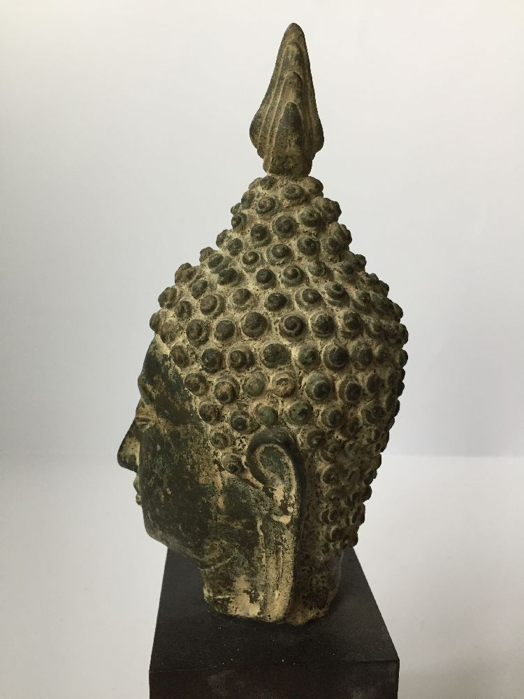 A Thai bronze head of Buddha, 17th/18th century, cast with flame finial above the ushnisha and - Image 4 of 10