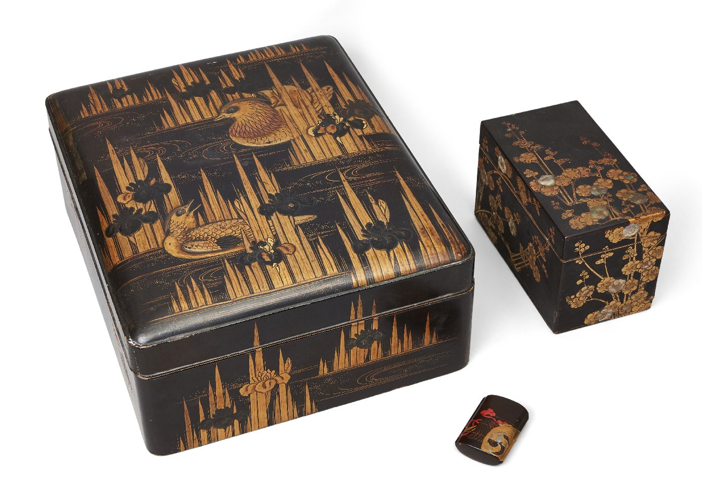 A small group of Japanese lacquer, to include a large a lacquer lidded box, decorated with ducks
