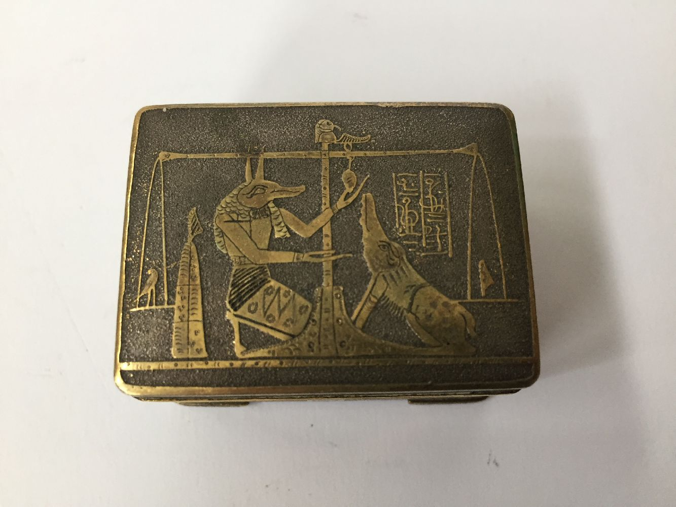 Two Komai style small pill boxes, late 19th early 20th century, one decorated with bamboo to - Image 6 of 12