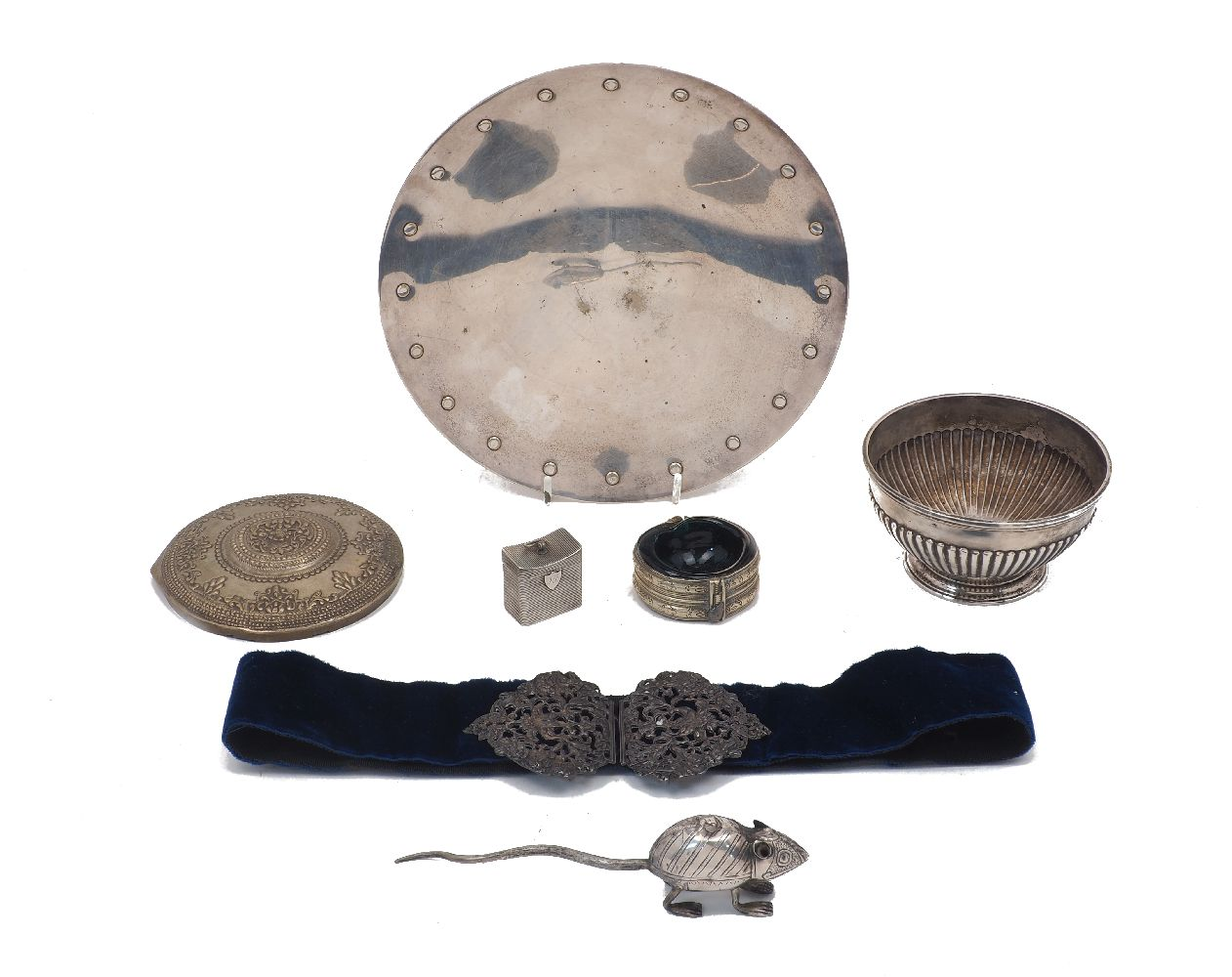 A collection of small silver and oddments comprising: a small William IV silver bowl, London, c.