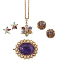 A group of jewellery, comprising: an Edwardian gold mounted oval amethyst pendant with half-pearl