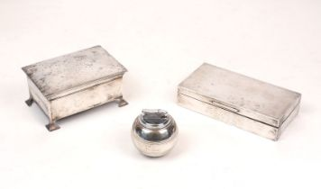 A George V silver cigarette box, Birmingham, c.1913 Wilfred Chidlaw Griffiths, designed with