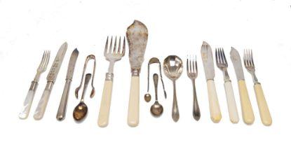 A cased set of twelve silver-handled dessert knives, Sheffield, c.1927, Walker & Hall, together with
