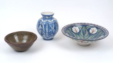 Lawrence McGowan (b. 1942), a stoneware bowl decorated with a tulip and leaf pattern to the interior
