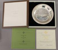 JAMES WYETH, silver dish, 'Winter Fox', boxed. 20 cm diameter. 5.7 troy ounces.