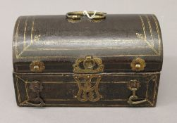An Antique, possibly 17th/18th century leather clad casket with silk interior. 21.5 cm wide.