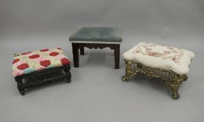 Three small foot stools. The largest 36 cm long.