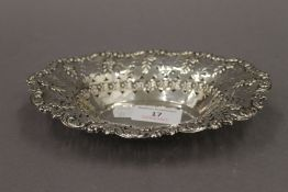 A silver pierced bon bon dish. 18.5 cm wide. 2.8 troy ounces.