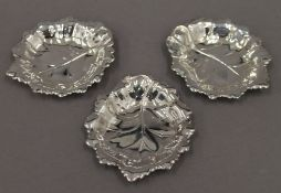 Three silver leaf form pin trays. Each 9 cm long. 3.7 troy ounces.