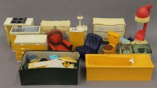 A quantity of various vintage Sindy toys, accessories, etc.