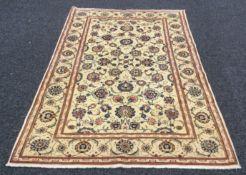 A fine Kashan carpet. 208 cm x 135 cm.