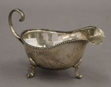 A silver sauce boat. 14.5 cm wide. 3 troy ounces.