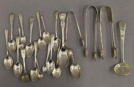 A quantity of silver flatware. 10 troy ounces.