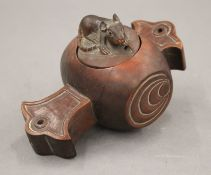 A small Japanese box, the lid mounted with a rat. 12.5 cm long.