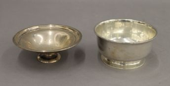 Two small silver bowls. 11 cm and 12 cm diameter respectively. 7.9 troy ounces.