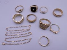 A quantity of 9 ct gold jewellery. 28.8 grammes total weight.