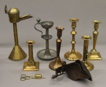 A quantity of lamps, including a double wrought iron crusie lamp,