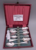 Six Old English pattern teaspoons by George Wintle of London (1801-1819). 72.4 grammes.