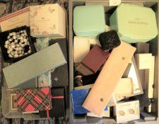 A quantity of various jewellery, Parker pens, etc.