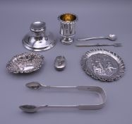 A small quantity of small silver items. 262.5 grammes total weight.