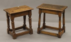 Two oak joint stools. The largest 46 cm long.