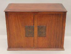 An early 20th century mahogany trunk. 89.5 cm wide.