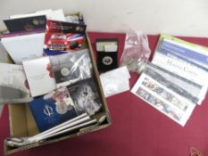 Collection of nineteen various post 2000 Royal Mint Proof Commemorative Coins, mostly uncirculated