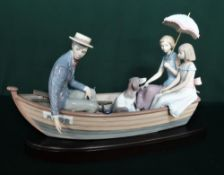 """Lladro figurine 5343 """"Love Boat"""" Limited Edition Number 1419/3000, in original box. H20cm, including"""