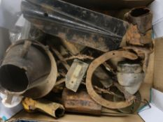 Collection of WW1 battle field relics including horse shoes, single spur, .303 shell casing,