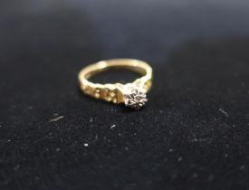Hallmarked 18ct gold diamond solitaire ring stamped Sheffield 750 1975 Size K 1/2 gross 2.7g