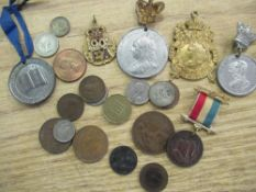 Selection of various commemorative medals incl. a 1902 King Edward gilt and enamelled medallion,