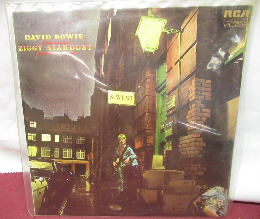 Collection of various LP's including Jimi Hendrix, Focus, David Bowie, Queen, Kat Stevens, Jo - Image 2 of 3