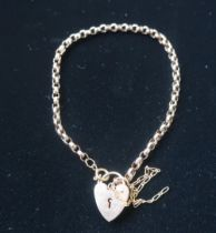 Hallmarked 9ct gold belcher chain bracelet with safety chain and heart padlock clasp stamped 375 4.