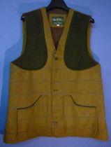 Rutland men's shooting waistcoat, colour basil, size XL