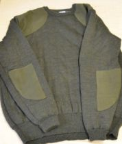 Quiltknit XXL jumper with shoulder and elbow patches as new