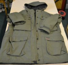 Musto FPX sporting coat with gortex lining in olive green XXL as new