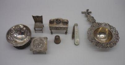 Victorian miniature silver serpentine front single drawer sideboard L4.5cm, import mark London 1892,