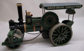 "David Brook Ceramics Aveling & Porter ""Kirsty"" road roller L39cm"