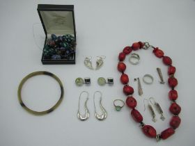 Collection of jewellery, including a pair of Sterling silver drop pendant earrings in the form of