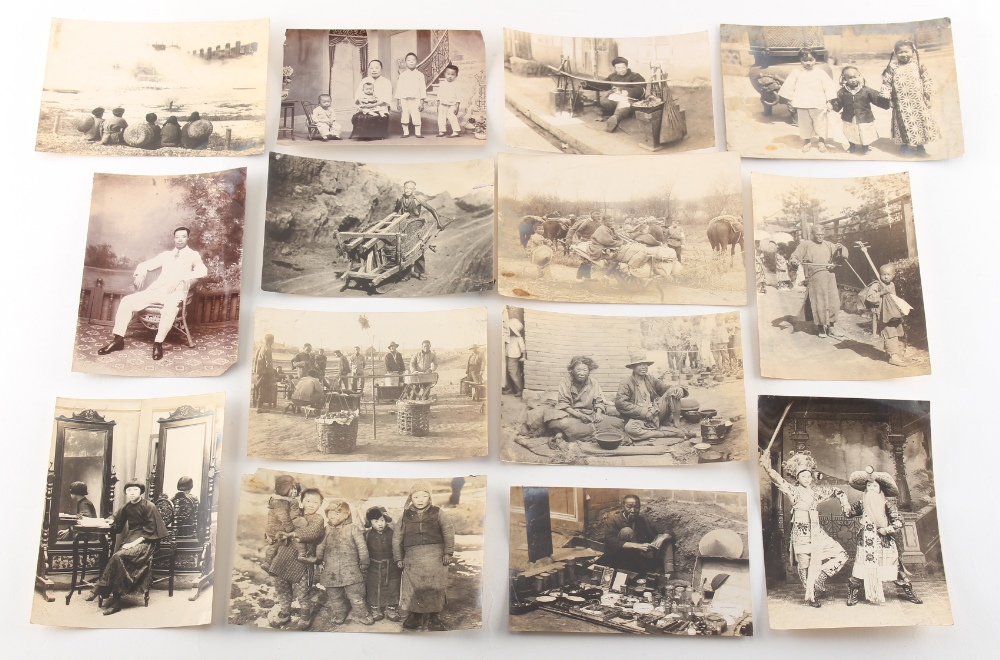 Property of a gentleman - a quantity of early 20th century Chinese photographs, mostly family