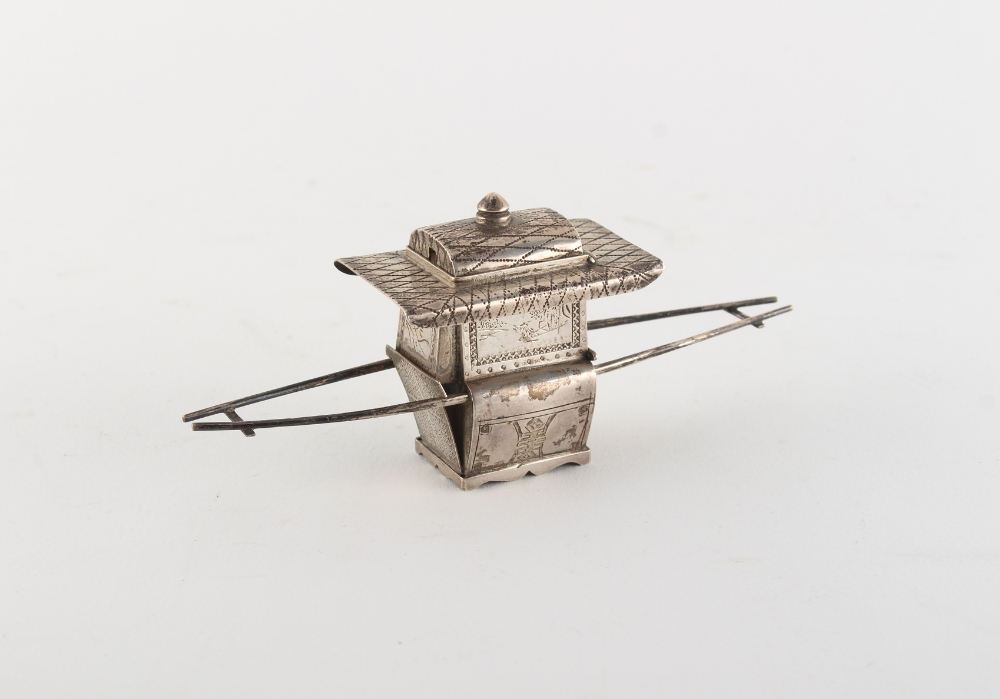 Property of a lady - a late 19th / early 20th century Chinese silver small box modelled as a sedan - Image 2 of 2
