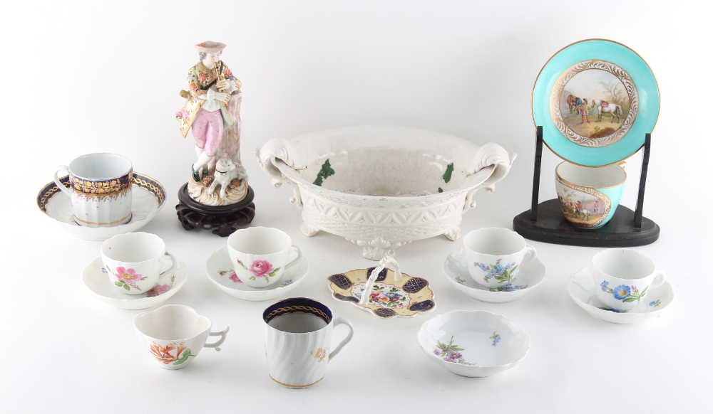 Property of a deceased estate - a mixed lot of porcelain, 18th century & later, including a